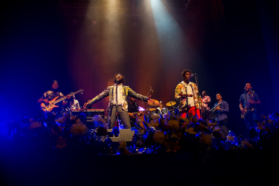 Herencia de Timbiquí deleitó y puso en alto la música y la imagen de Colombia en Montevideo